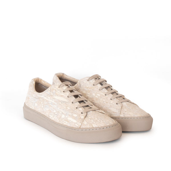 Classic & unisex low sneaker in natural fennel by Sydney Brown. Vegan Friendly heels for women. Sustainable, Cruelty free, Ethically handmade in Portugal.
