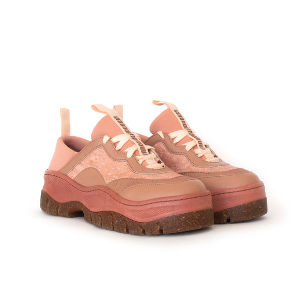 Rice Rave Sneaker in Rose, combination of hemp, fennel and eco-friendly faux-nappa upper. Ethically made in Portugal. Vegan and cruelty free fashion. Sustainable sneakers, autumn winter by Sydney Brown.