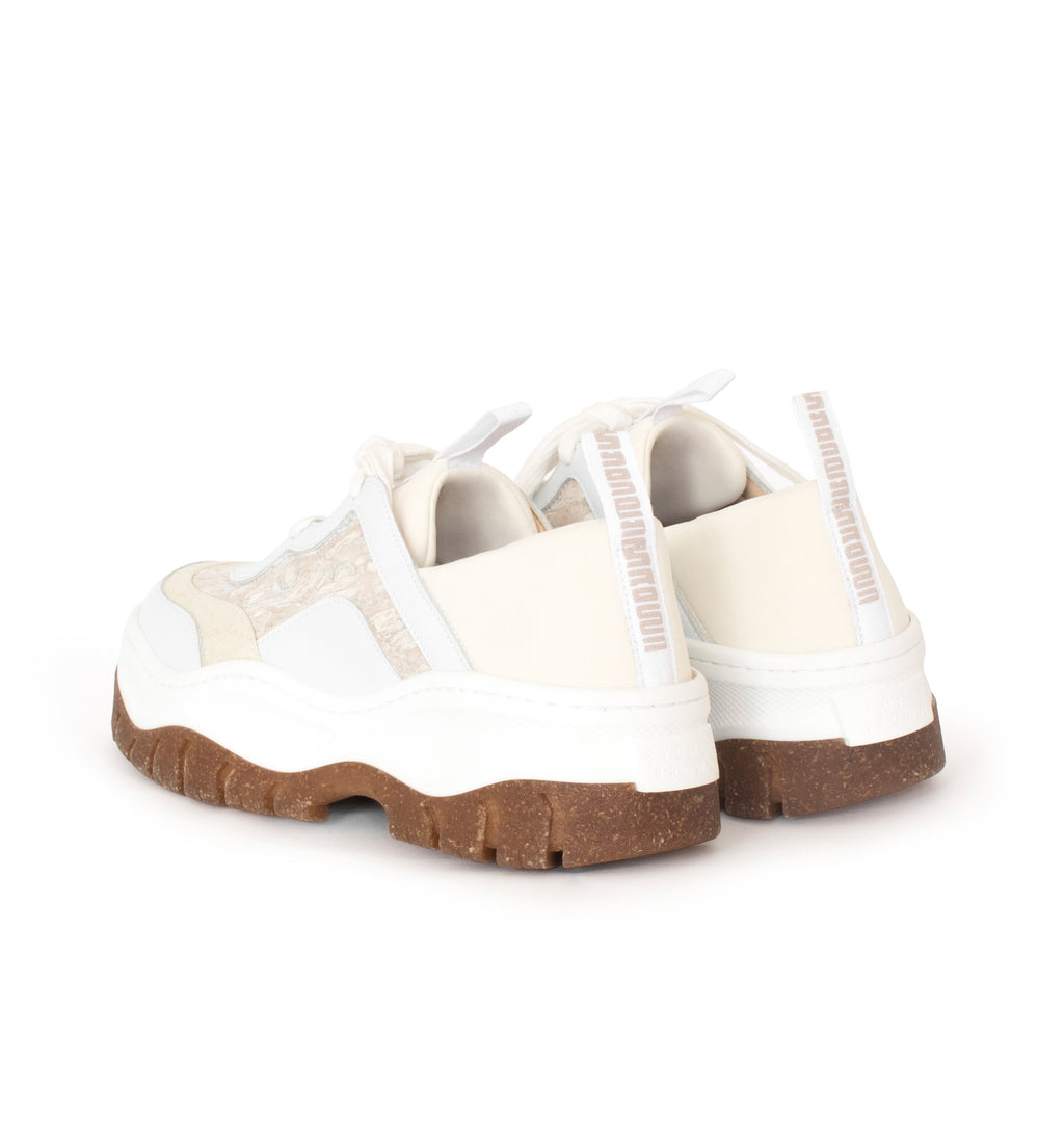 Unisex Rice Rave Sneaker in white, combination of pinatex, fennel, eco vegan leather and neoprene. Rice husk recycled rubber chunky sole.