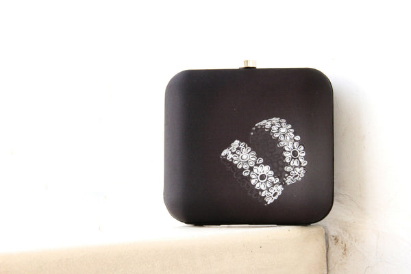 Black Kangan Clutch