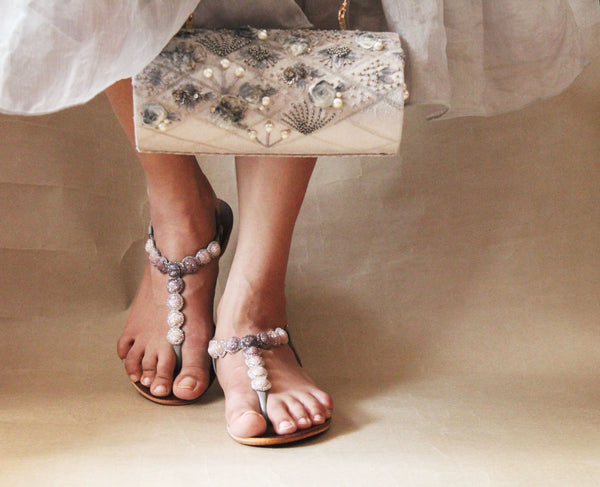 sea necklace sandal in grey & silver