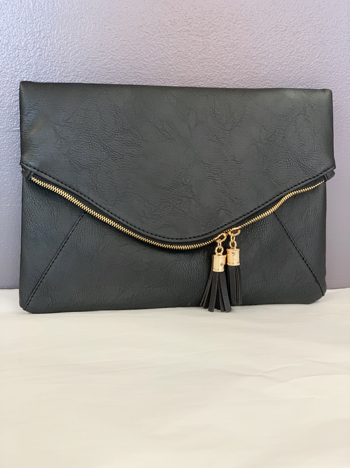 a6a2811ec459 Bria Bella   Co - Black Envelope Clutch ...