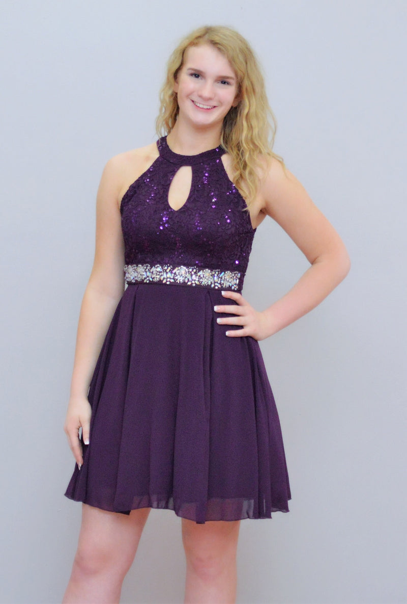 Lace Embellishment Formal Dress