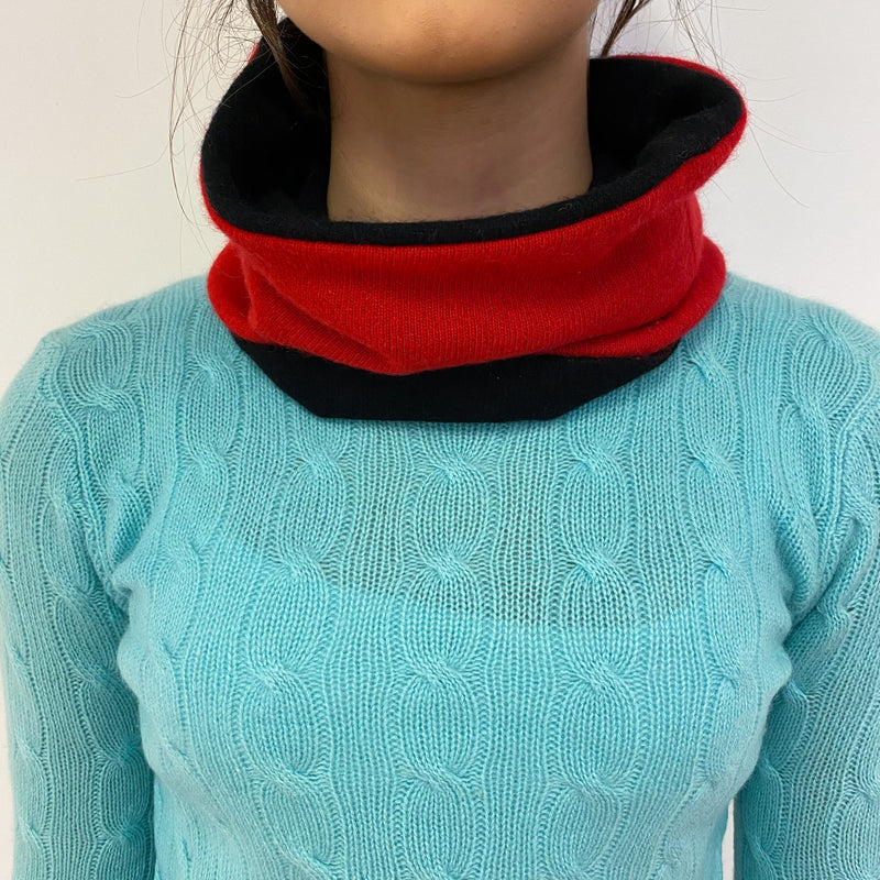 Reversible Black and Postbox Red Neck Warmer