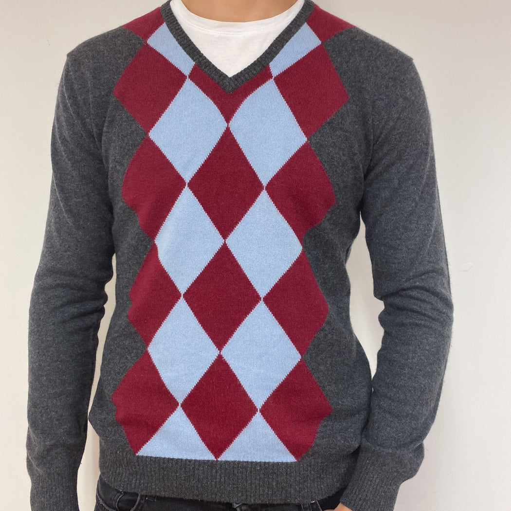 Men's Charcoal and Red Argyle Pattern V Neck Jumper Large