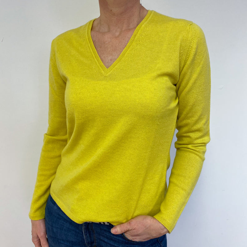 Brand New Scottish Citrine Yellow V Neck Jumper