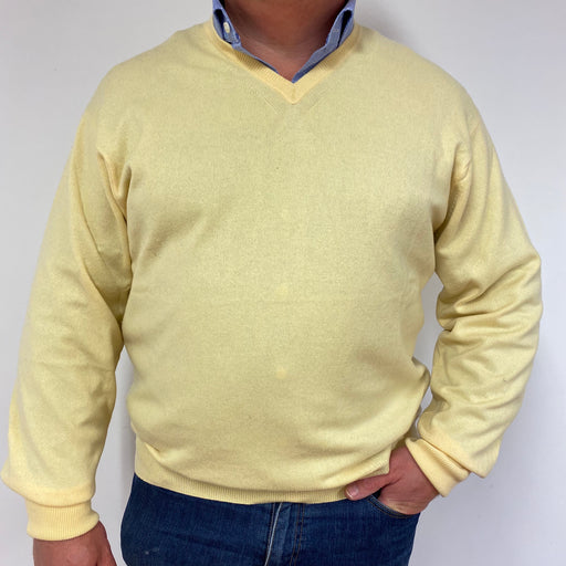 Men's Pale Yellow V-Neck Jumper XL