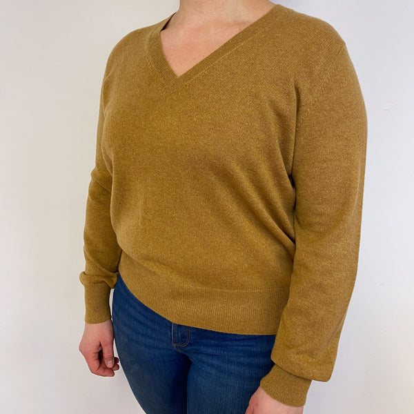 Dark Mustard Star Detailed V Neck Jumper Large