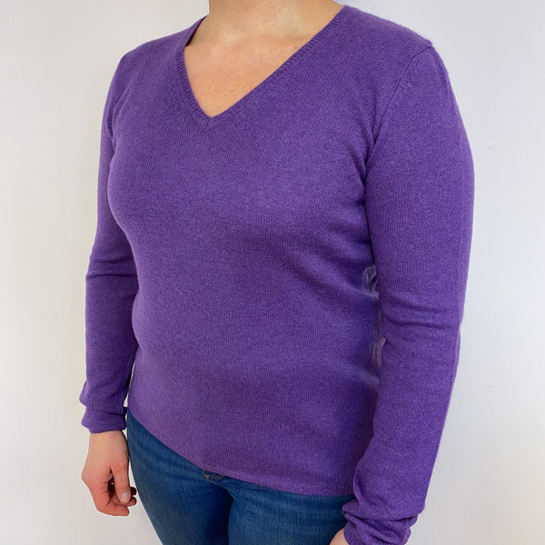 Blueberry Purple Heart Detailed V Neck Lightweight Jumper Large