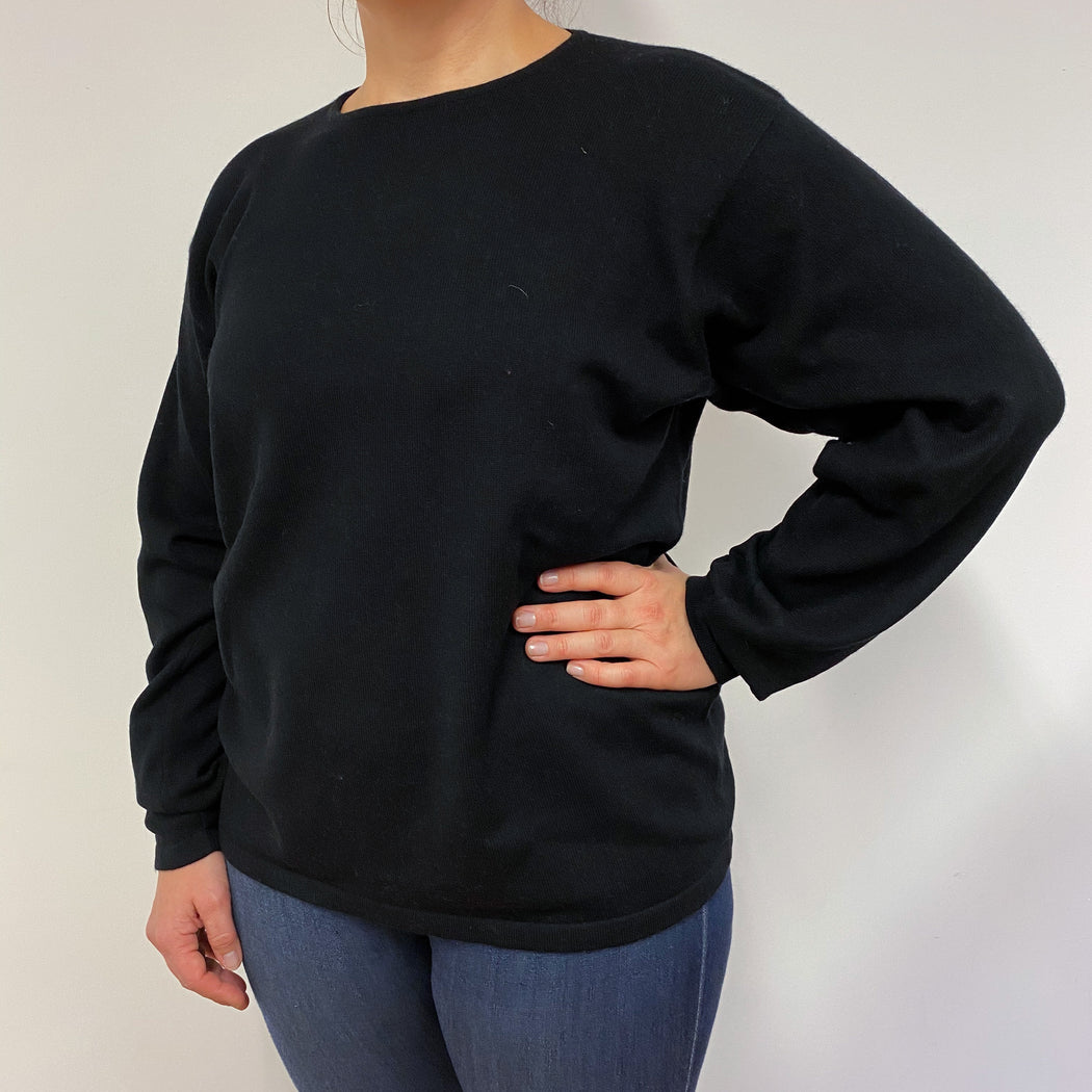 Black Slouchy Fit Crew Neck Large