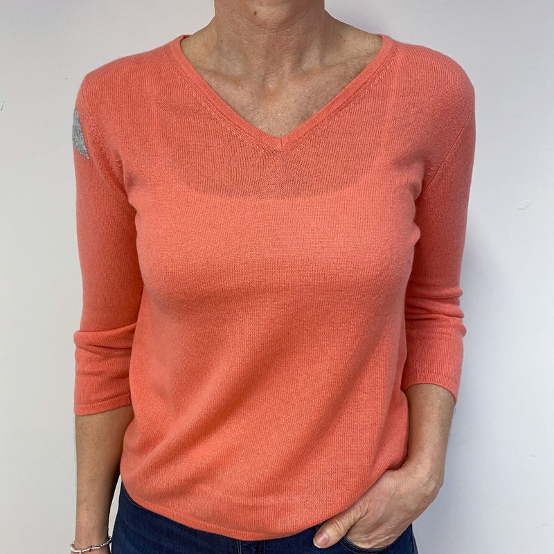 Coral Pink Heart Detailed V Neck Jumper Medium