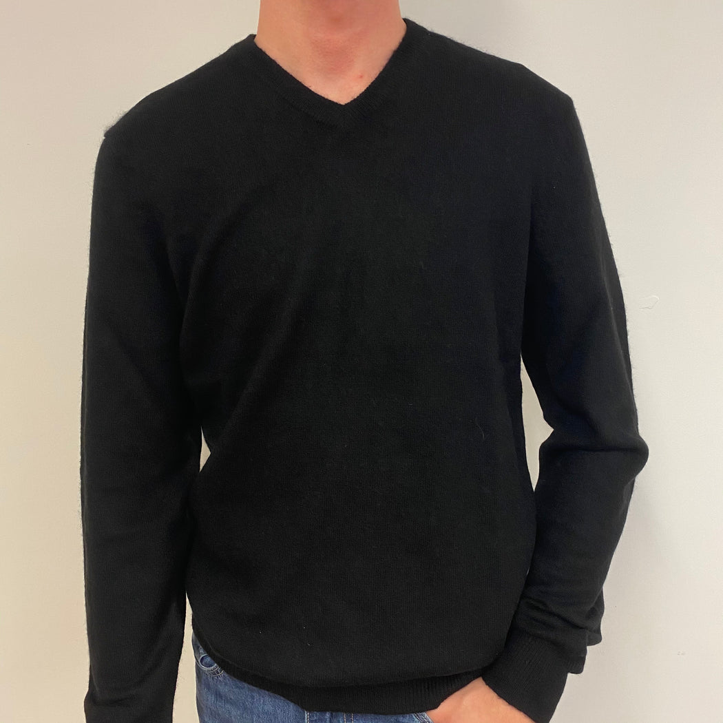 Men's Classic Black V Neck Jumper Small