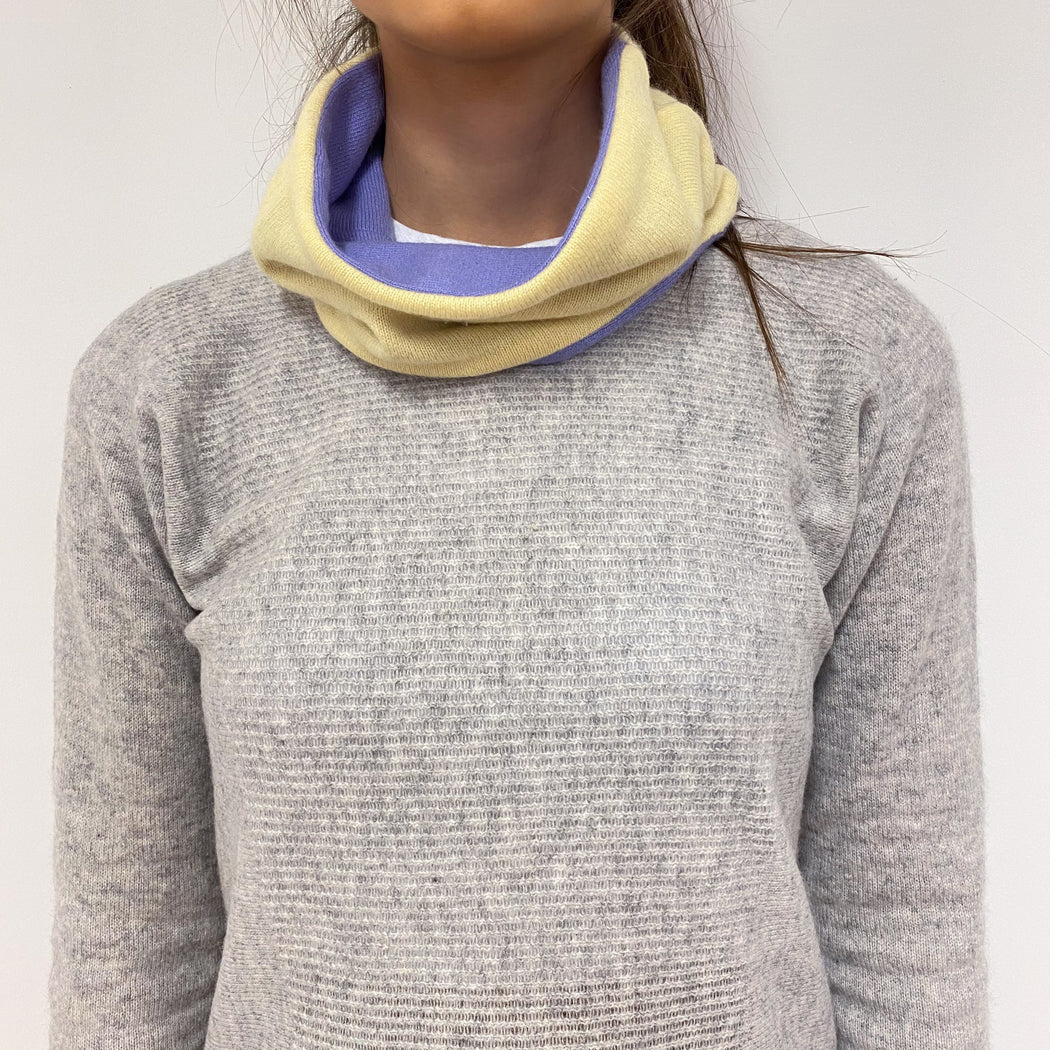 Reversible Lemon and Lavender Neck Warmer