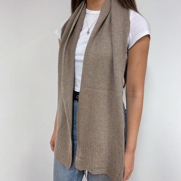 Super Cosy Stone Cable Edge Scarf