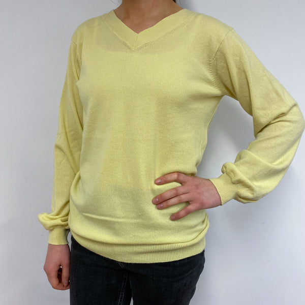 *Brand New* Light Yellow V Neck Jumper Small