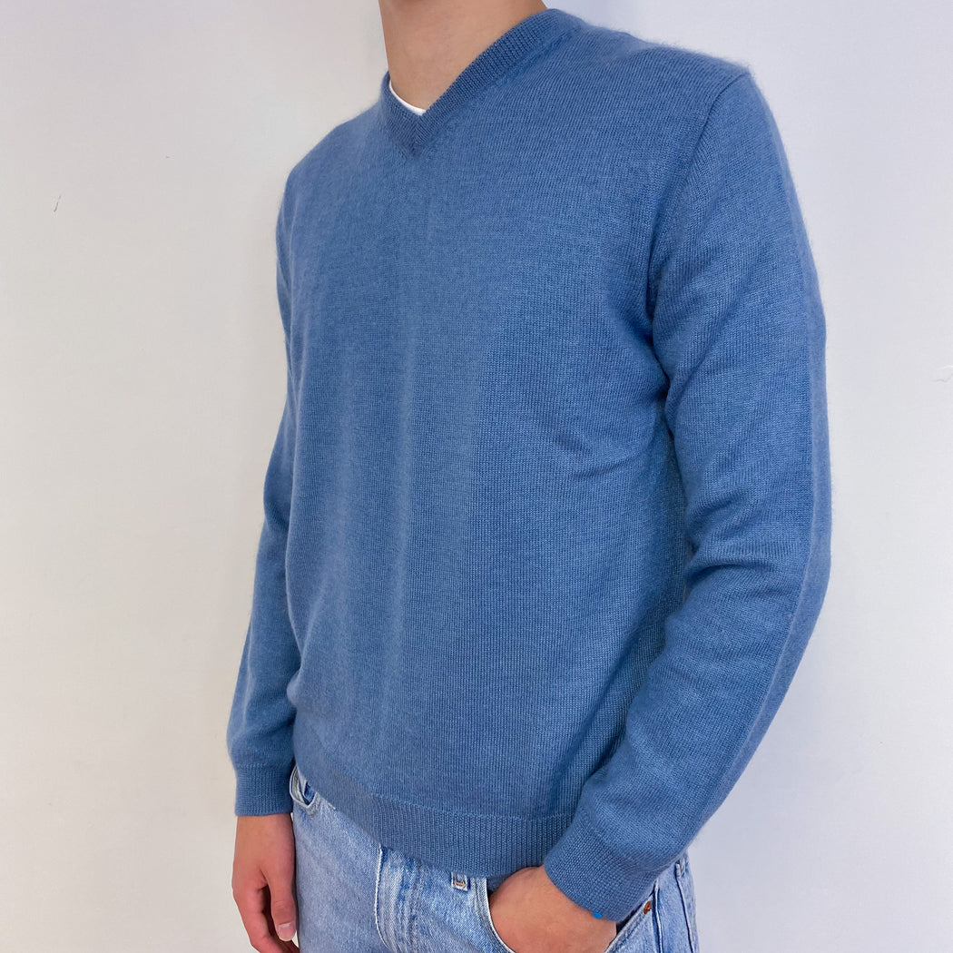 Men's Sea Blue V-Neck Jumper Small