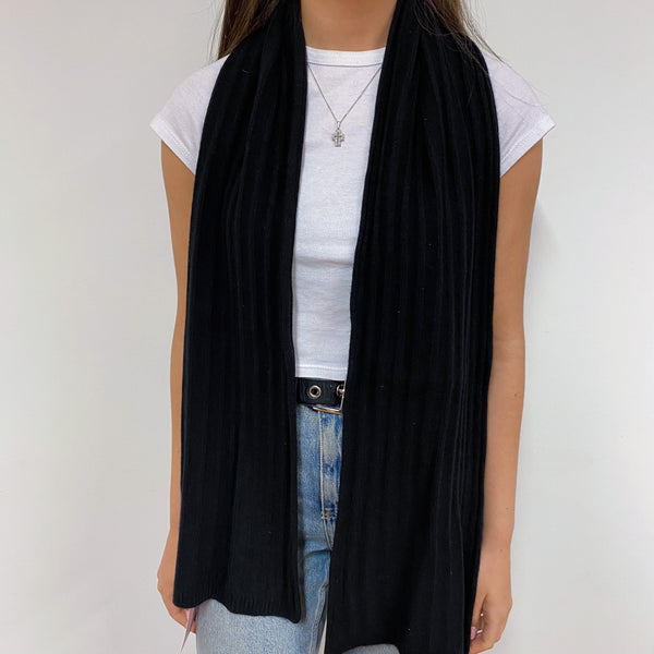 Super Cosy Black Ribbed Scarf