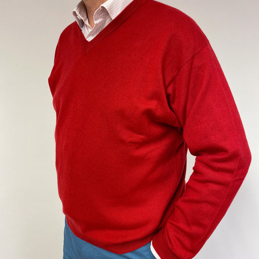 Men's Postbox Red V Neck Jumper XL