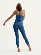 Top Vinyasa Med Navy
