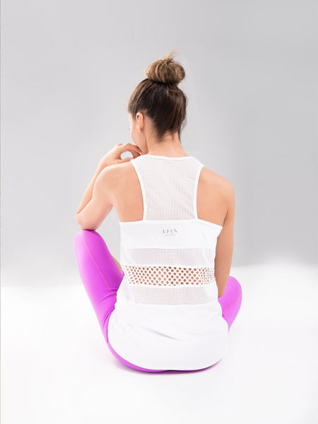 camiseta color blanco top yoga deporte marca modelo alta gama transpirable