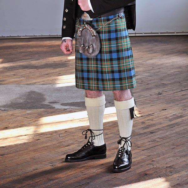 Menzies Black&White Modern Men's 8yd Kilt | Scottish Shop