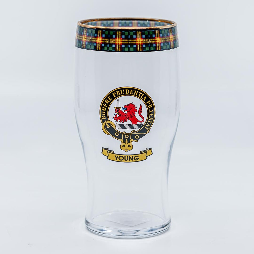 Young Clan Crest Pint / Beer Glass | Scottish Shop