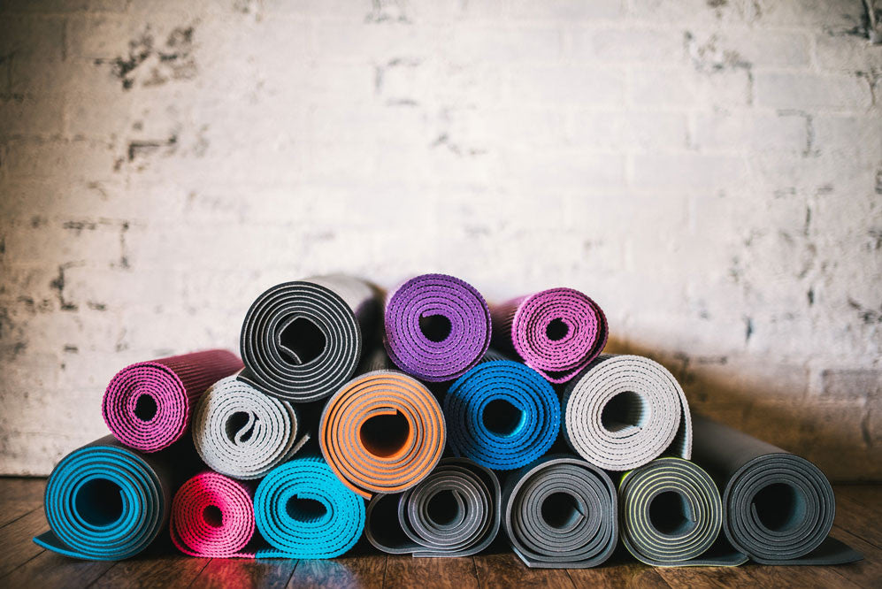 How To Choose The Best Yoga Mat With Texture Sticky And
