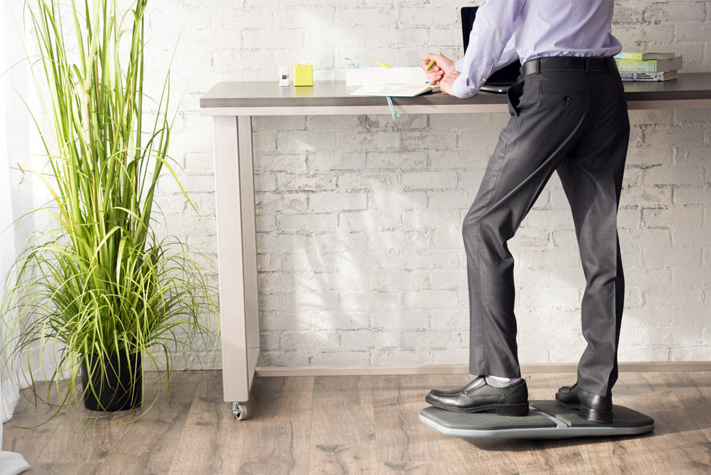 4 Benefits of Using a Balance Board with a Standing Desk - Gaiam