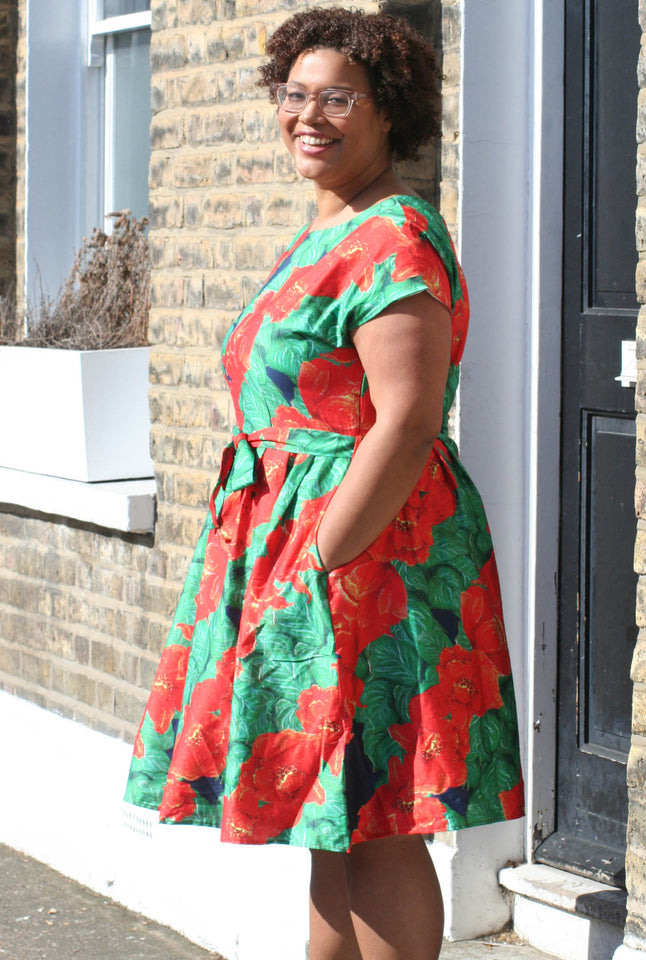 Beatrice - Camellia Print Red Floral Plus-size Vintage-style 1950s Dress