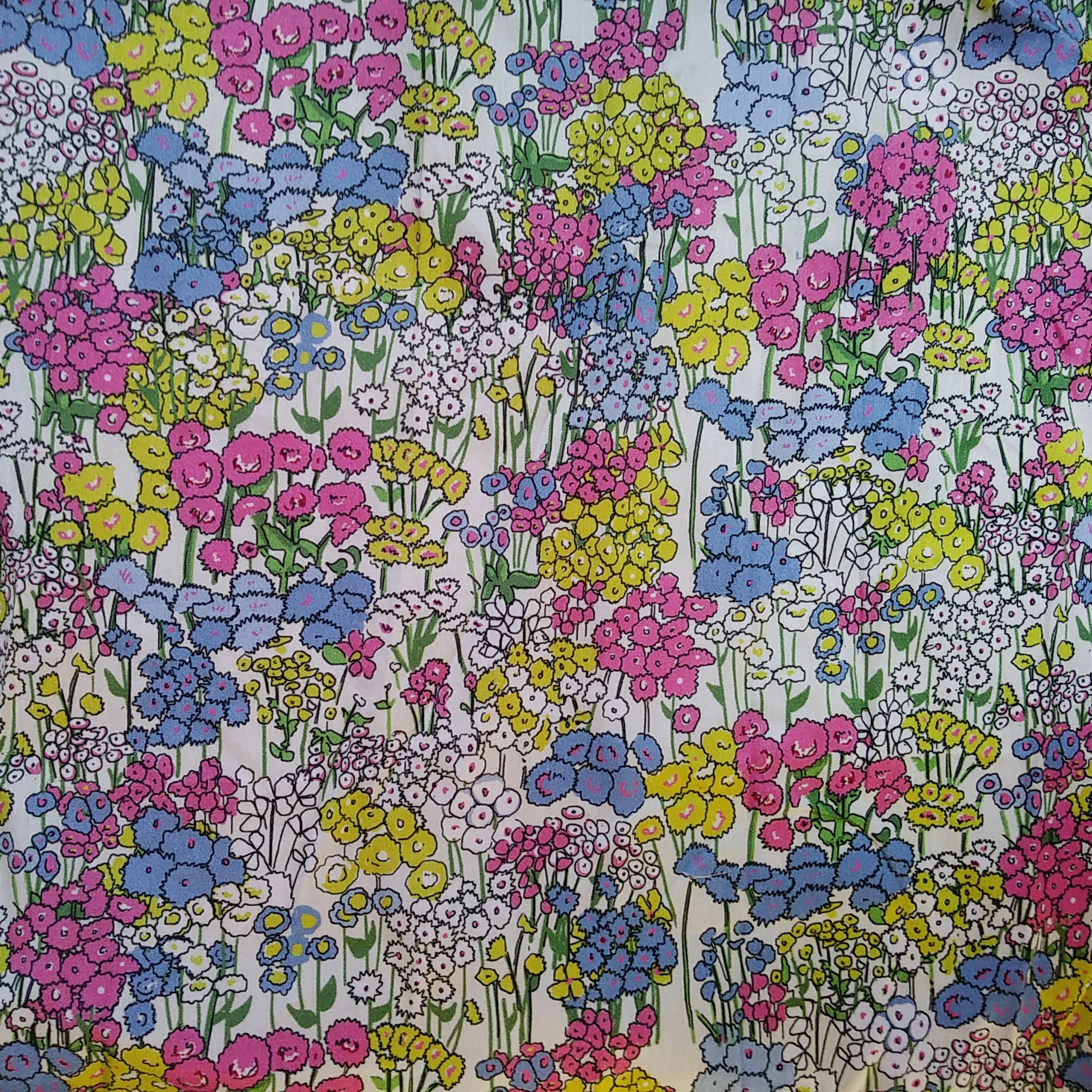 Cream Flower Garden Fabric - Cotton Sateen