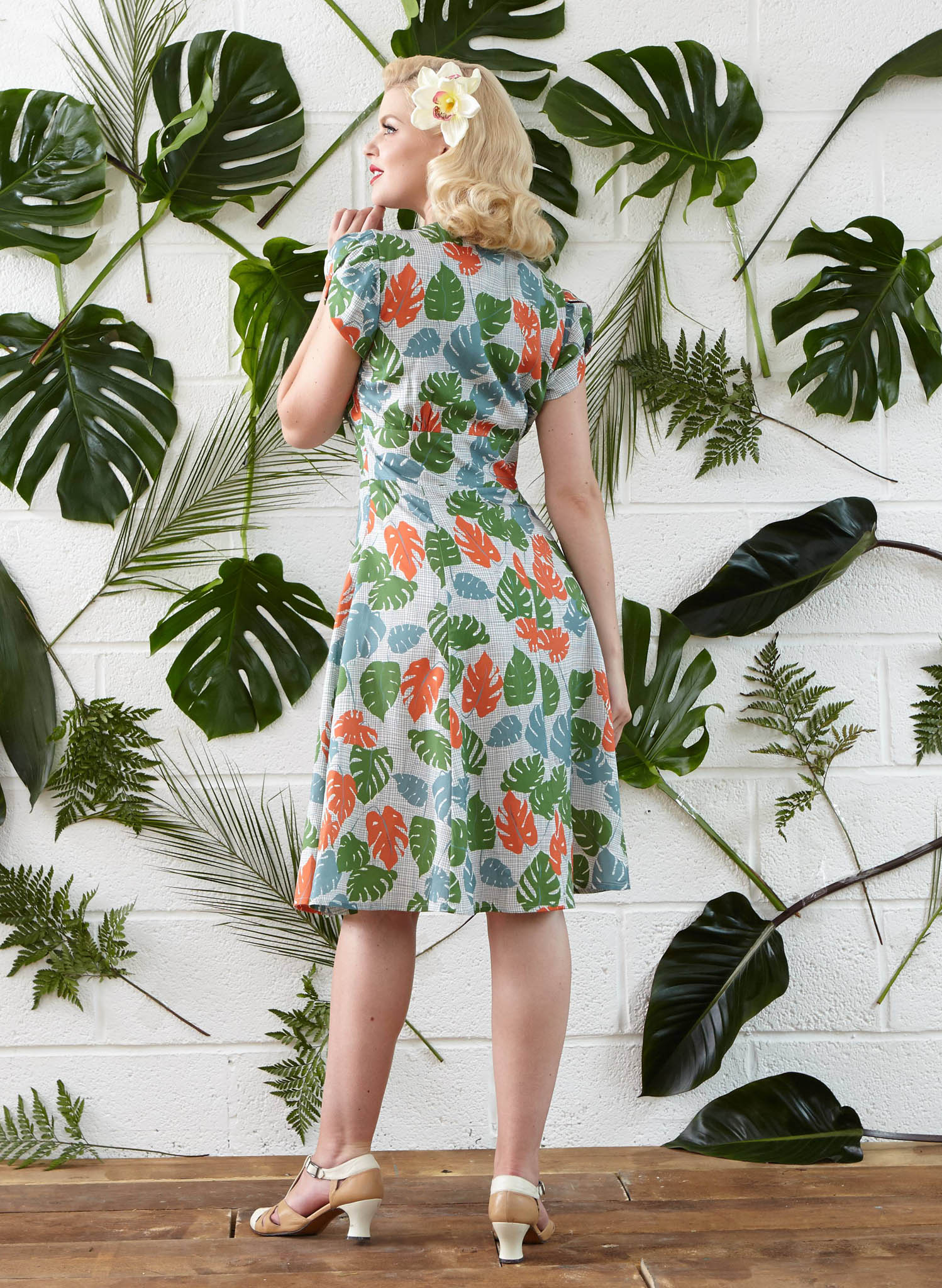 Rita - Green Tropical Leaf Print Vintage-style 1950s Dress for Women