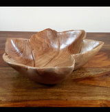 Acacia Wood Chinar Leaf Bowl medium - AsianWoodCraftUK