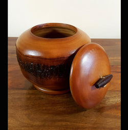 Tree bark mango wood storage pot medium - AsianWoodCraftUK