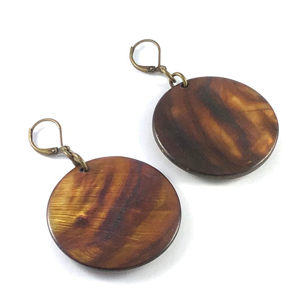 Vintage Round Shell Earrings