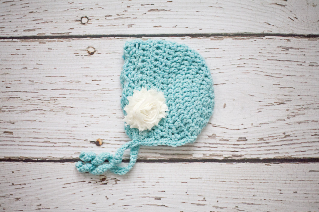 Skyla Newborn Bonnet in Aqua