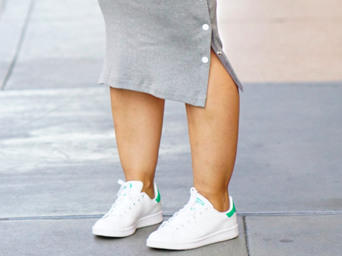 Are white sneakers the new travel staple? Here are 5 trusted brands to try.