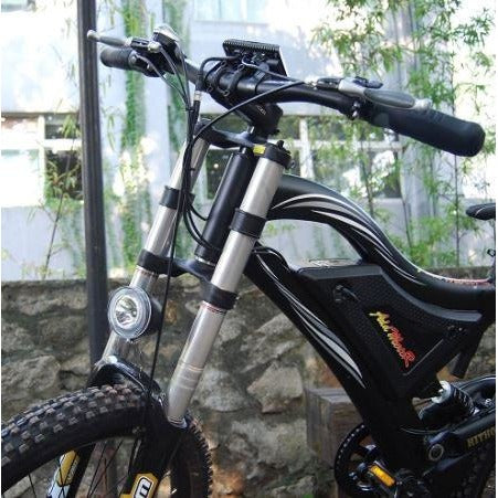 AddMotor HitHot H5 - Electric Mountain Bike - Front view with light