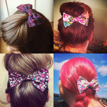 Large Hair Bow - A Flamboyance of Flamingos - Turquoise