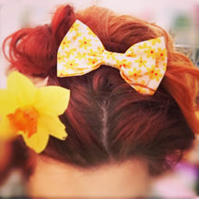 Large Hair Bow - Lemon Rose Garden