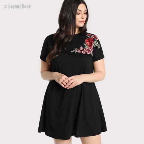 NEW Plus Size Embroidered Rose Patch Tee Dress