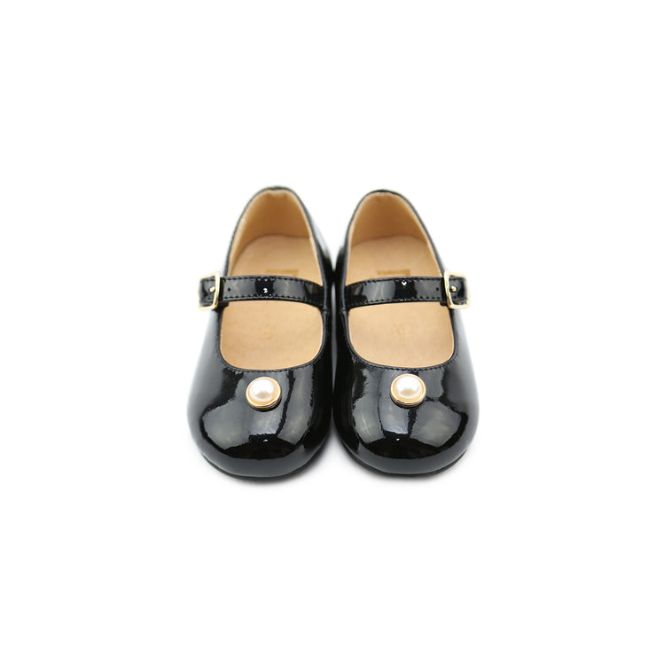 Mary Jane Patent leather shoes