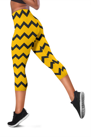 Image of Black Zigzag Bee Pattern Capris Leggings