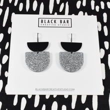 HALF DISC DUO D SHAPE EARRINGS - Available in various colors