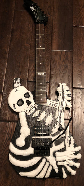 Replica George Lynch Skull & Bones Custom Electric Guitar