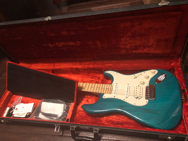 1998 Fender American Deluxe Stratocaster Limited Series HSS Transparent Teal Ash