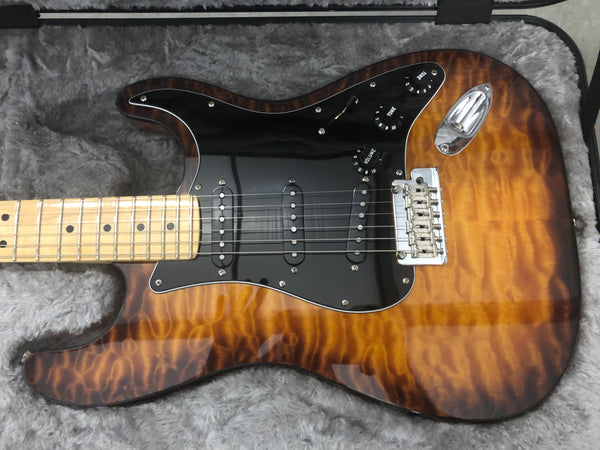 2017 Fender Limited Edition American Stratocaster in Violin Burst (Exotic Collection)