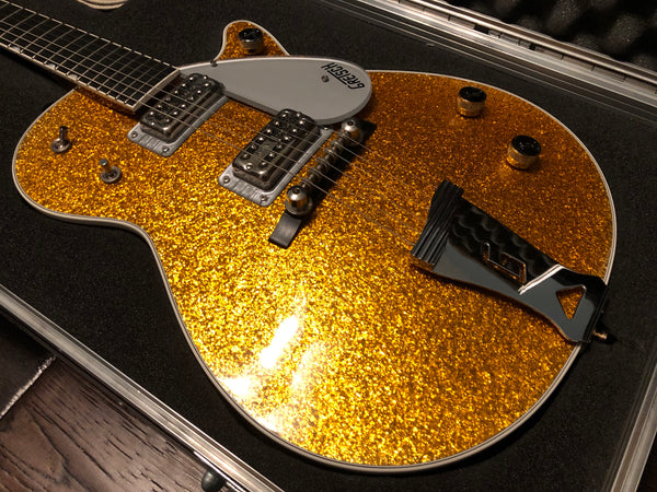 2005 Gretsch Sparkle Jet Electric Guitar Gold