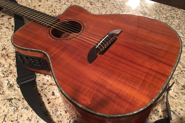 Alvarez-Kazuo Yairi WY1K KOA Acoustic Electric Bob Weir Model (Grateful Dead)