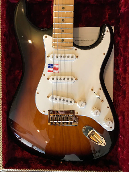 2014 fender 60th anniversary stratocaster tobacco sunburst show pony guitars. Black Bedroom Furniture Sets. Home Design Ideas
