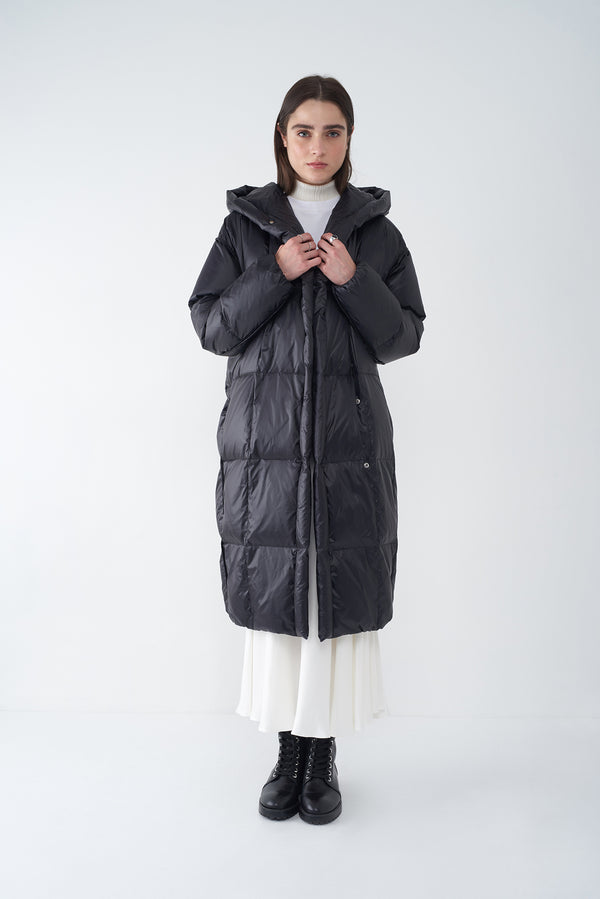JANIS BLACK - OVERSIZED LONG DOWN COAT